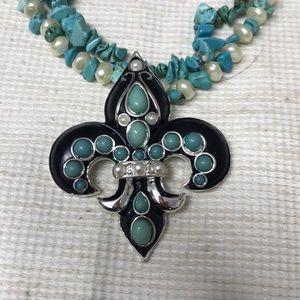 Turquoise fleur de lis pendant necklace new